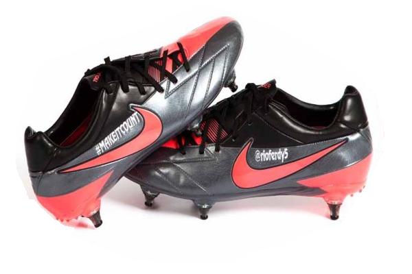 Rio Ferdinand boots
