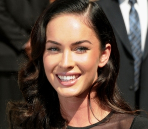 Megan Fox - Twitter's first 'victim' of 2013
